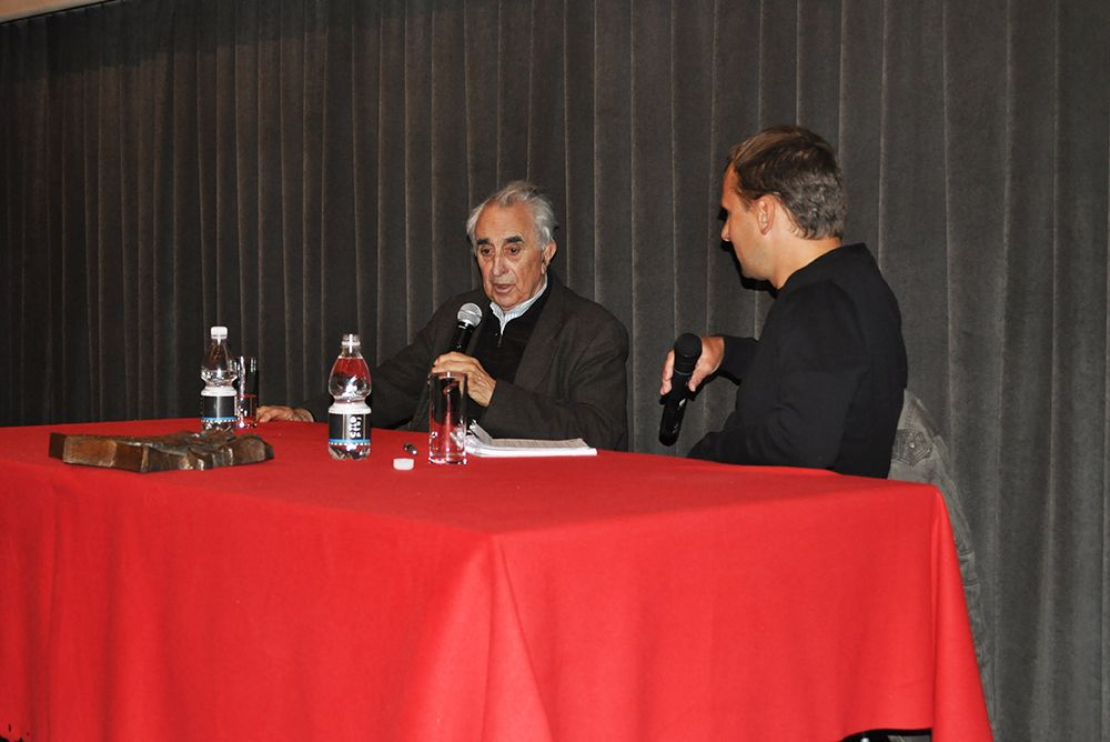 Pogovor z novinarjem Jurijem Gustinčičem